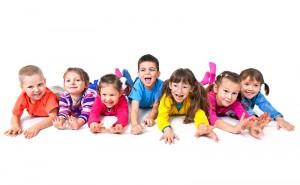 SINDROME-DE-TOURETTE-niños-en-la-escuela